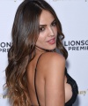 eiza-gonzalez-she-s-funny-that-way-premiere-in-los-angeles_3.jpg